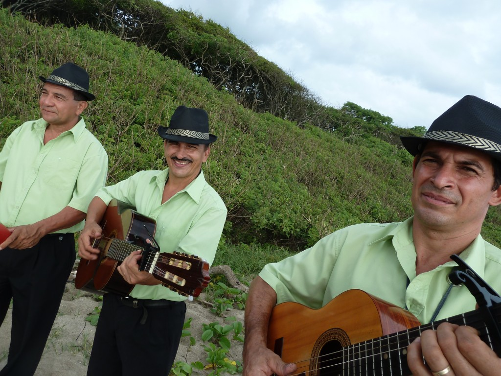 musicians playing at a vow renewal ceremony at Manuel Antonio Beach Costa Rica