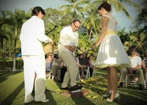 bahia-breaking- the-glass-ceremony