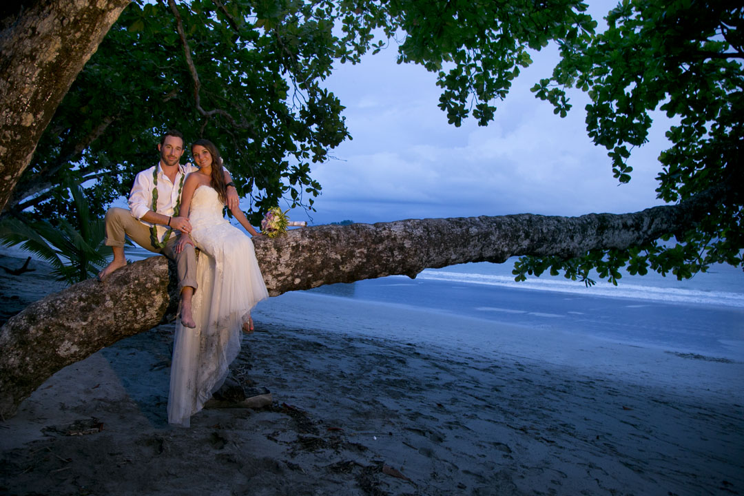 wedding-couple-on-beach-branch